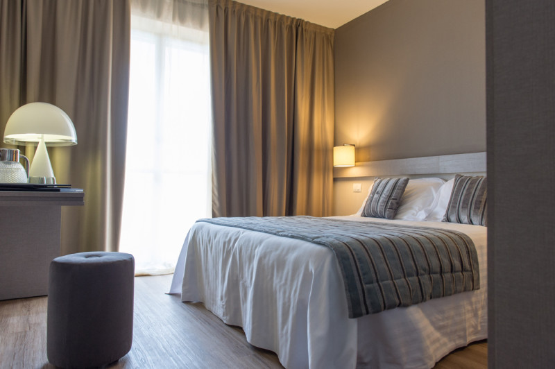 HOTEL DE LA VILLE RICICONE 4