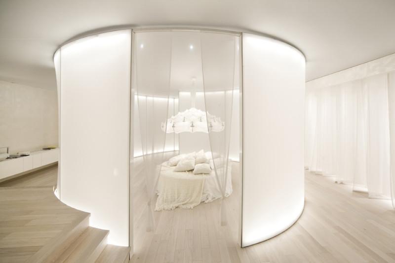 Honeymoon suite sia guest (1)