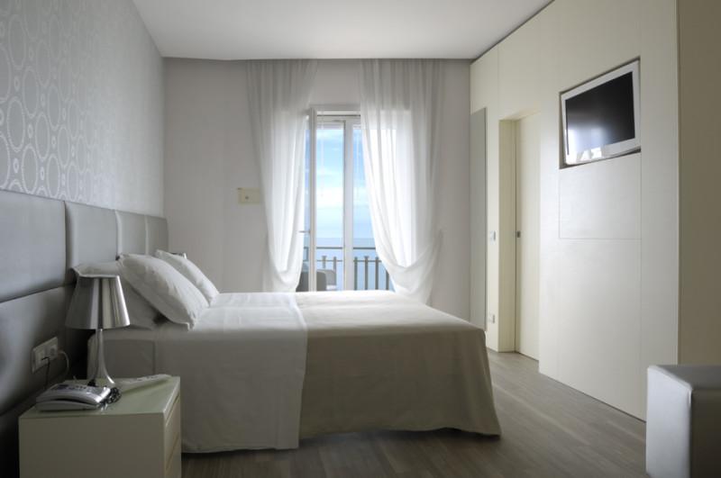 hotel-torremaura-milano-marittima-suite-standard-room 2